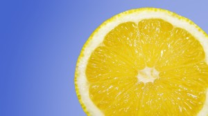 Kalka av med citronsyra!